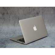 Классный Macbook Air 13.3